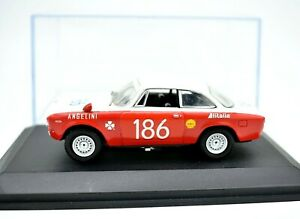 Model-Car-Alfa-Romeo-Giulia-Gta-Scale-1-43-diecast-modellcar-N-186-M4