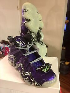 huge discount 016b4 b9244 Image is loading ADIDAS-CRAZY-8-NIGHTMARE-BEFORE-CHRISTMAS-D73959-PURPLE-