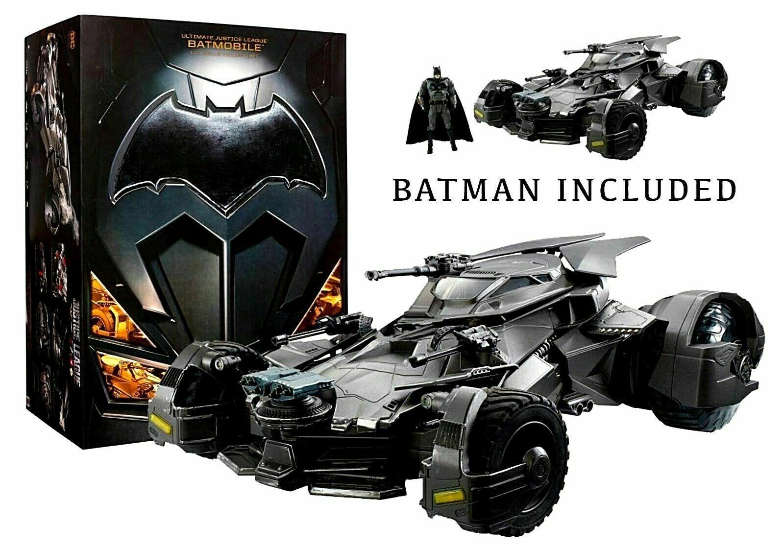 Justice  League Ultimate Batmobile RC Vehicle & cifra  liquidazione
