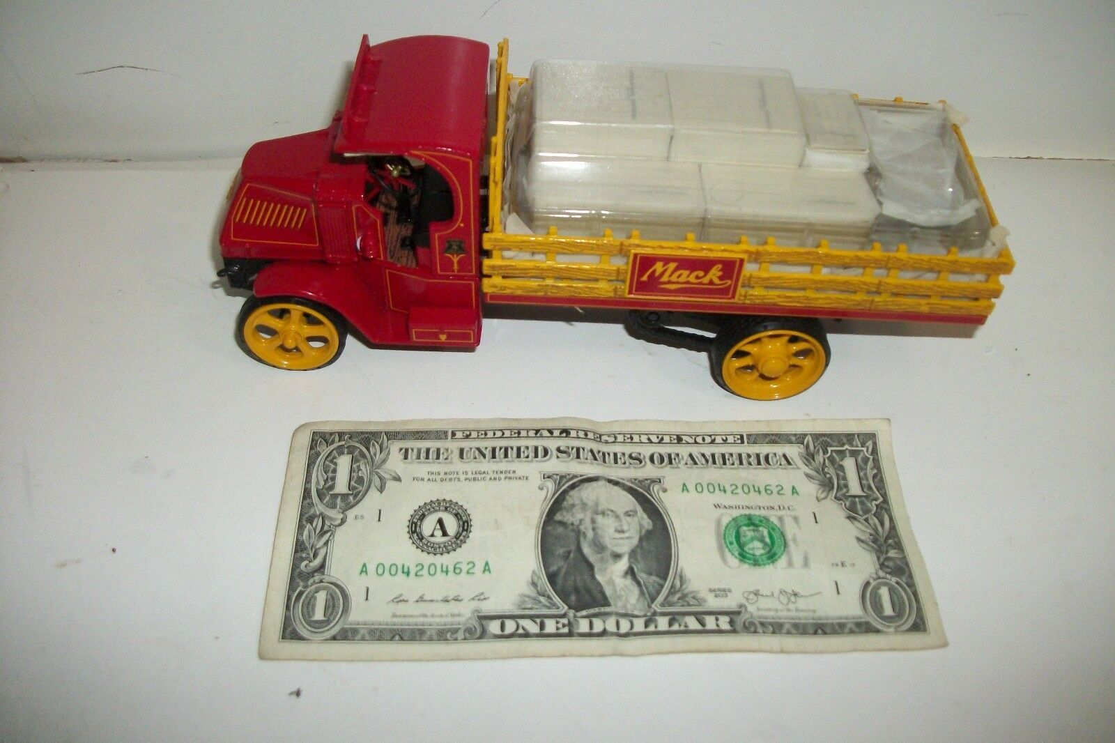 First 1st Gear Mack Series AC Stake Truck With Hat 1 34 - 2000 - 19-2522