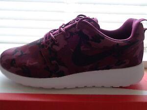 cc7345cde11da Nike Rosherun print mens trainers sneakers 655206 660 uk 7 eu 41 us ...