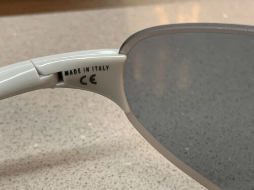 Rapha Pro Team Flyweight Glasses Grey Carl Zeiss Bronze Lens New Boxed