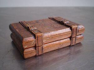BOITE-A-TIMBRES-MALLE-DE-VOYAGE-BOIS-SCULPTE-TROMPE-OEIL-XIX-s-ANCIEN-STAMP-BOX