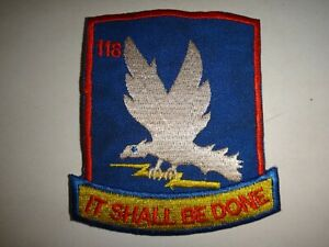 Eeuu-118th-Assault-Helicoptero-Co-Thunderbird-034-en-Shall-Ser-Done-034-Vietnam-War