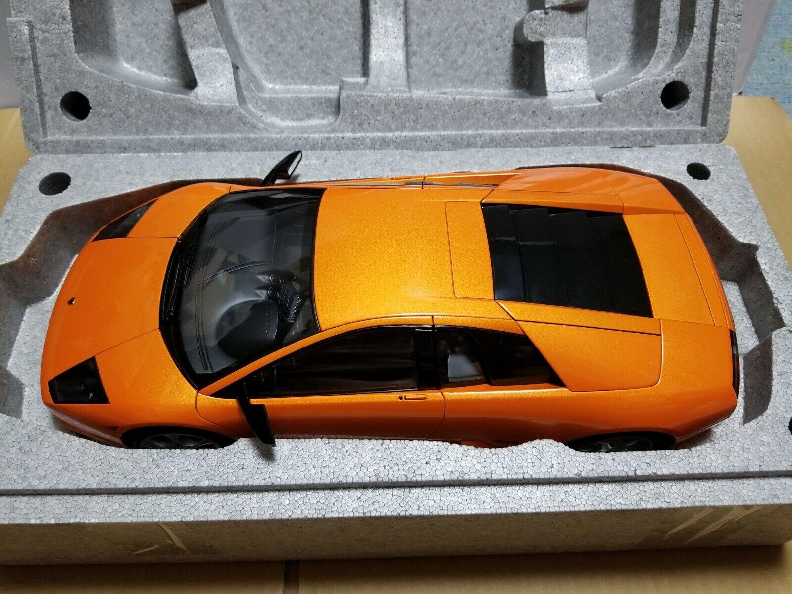 risparmia il 35% - 70% di sconto Autoart   1 12     12072 Lamborghini Murcielago  arancia  migliore vendita