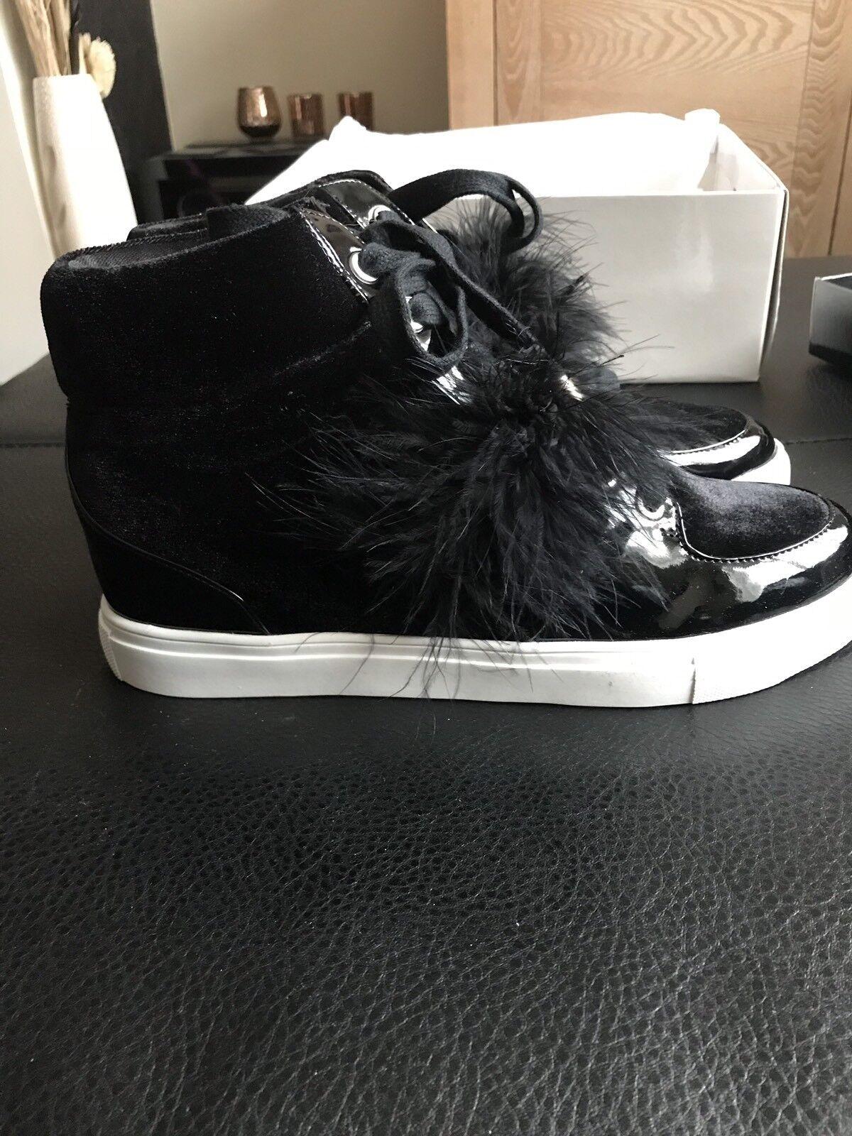 Miss KG taille 8 Noir Baskets Bottes Avec Velvet Trim et fourrure détail New in Box
