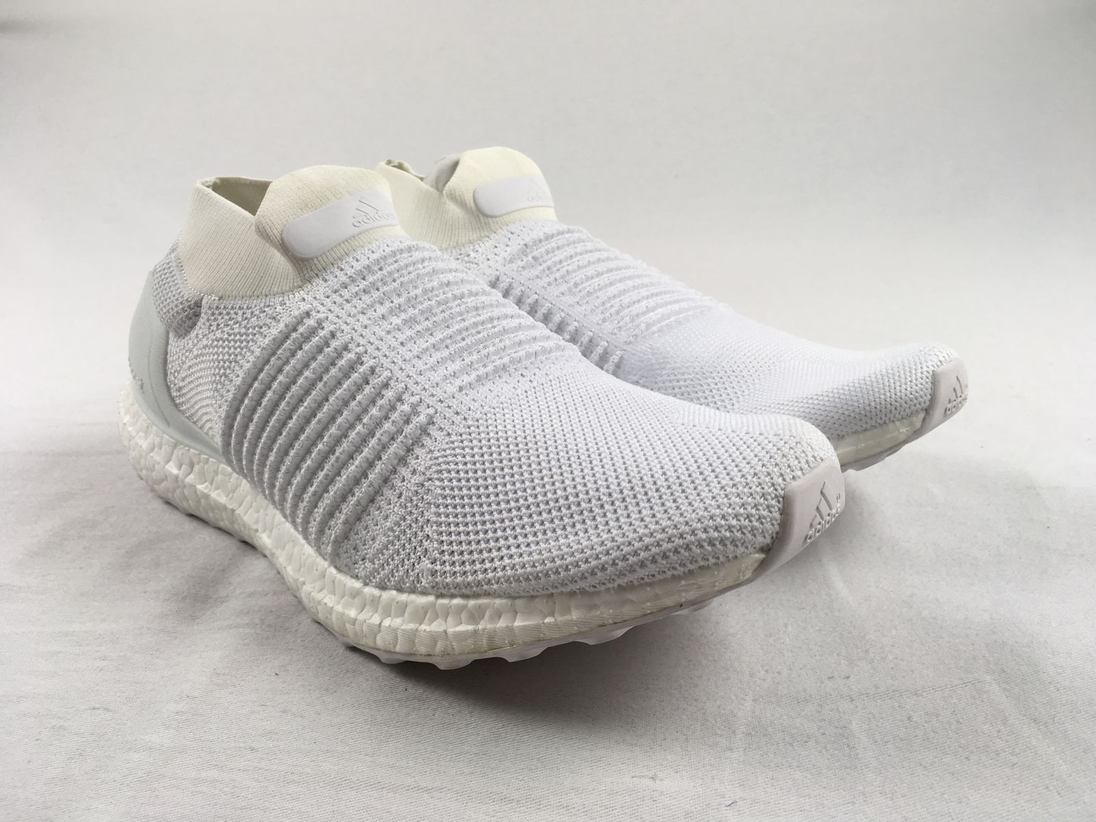 Adidas Ultra Boost Laceless - Running, Cross Training (Men's Multiple Sizes)