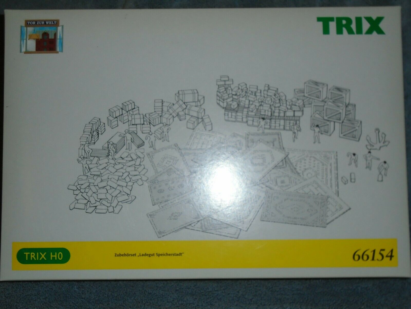 TRIX HO SCALE WAREHOUSE DISTRICT FREIGHT ACCESSORY KIT