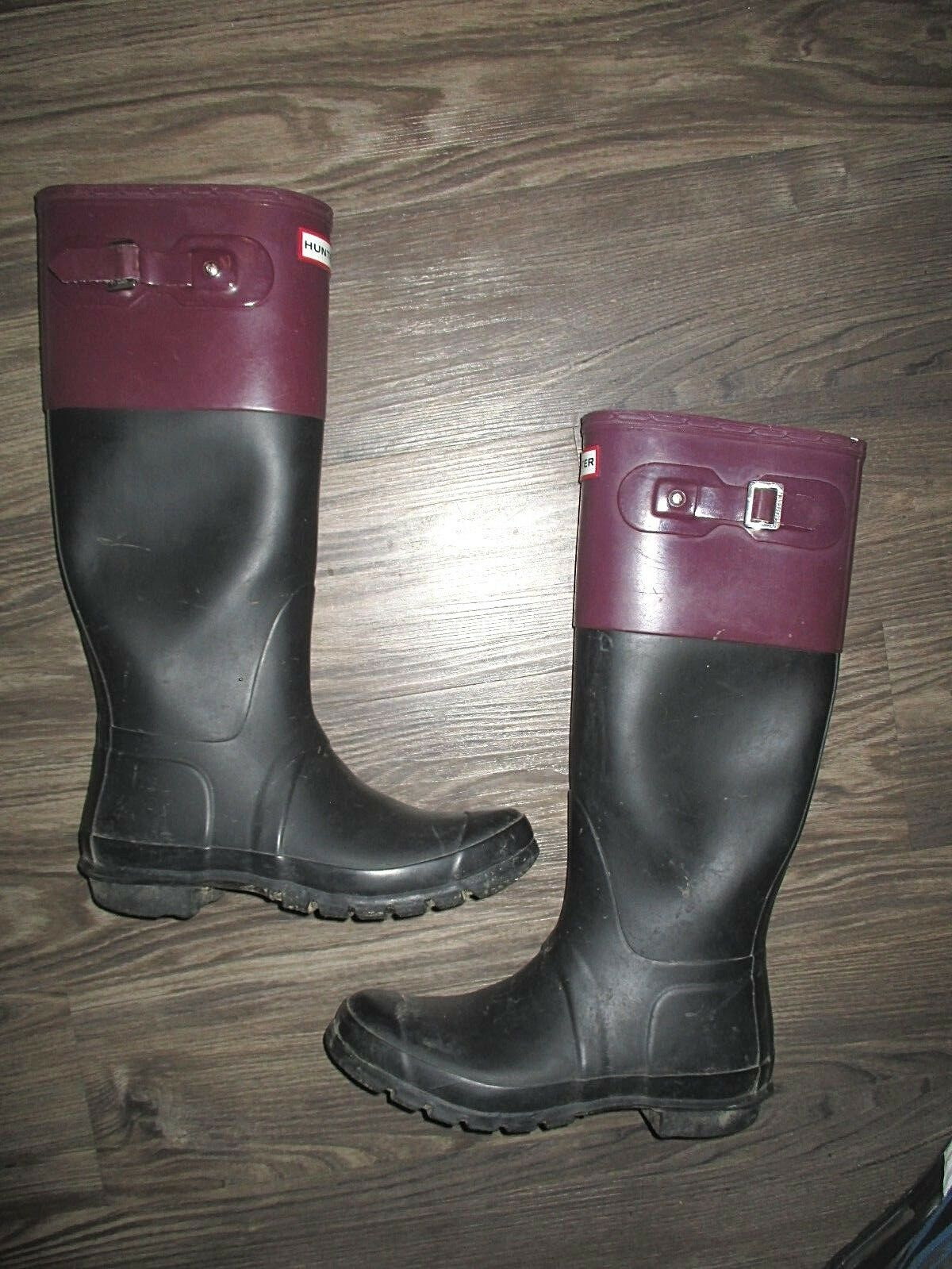 Hunter Tall schwarz and lila (Größe 9)  Wellington strap rain Stiefel