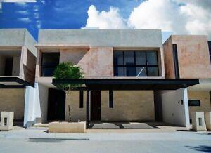 Casa en Venta en Santa Gertrudis Copó, Privada Návita al Norte de Mérida