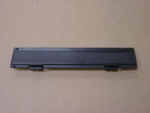 MARANTZ PMD101//201//221//222//420//430 or Superscope PSD220//230 Battery Door