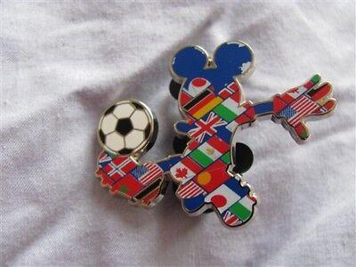 Trading Pin New on Card MICKEY International Flags SOCCER Disney