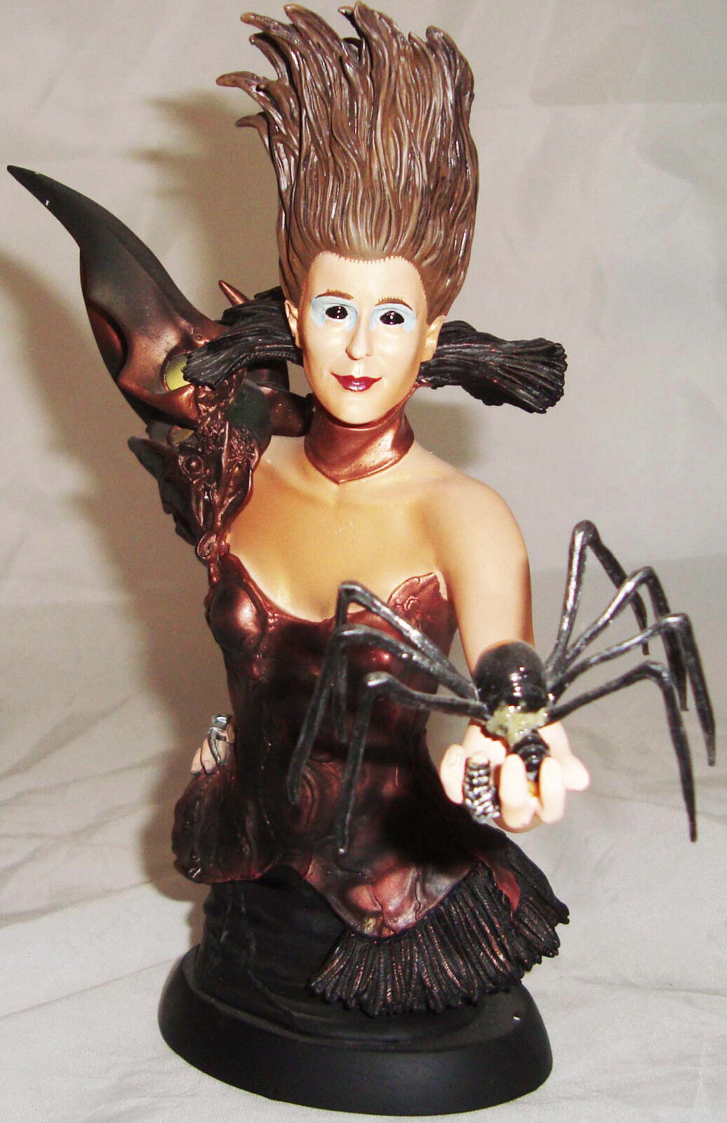 MIRRORMASK DARK QUEEN LIMITED EDITION BUST NEW (READ AUCTION)