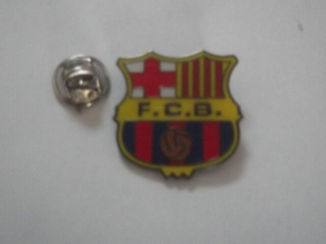 BARCELONA(Spain) Pin Badge - NEW + FREE(UK) P&P - fc barcelona