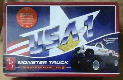 AMT-740-06-Monster-truck-model-Patriotic-1988-TNT-Motor-sports-national-points