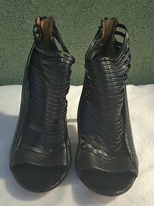 Women's Black Leather L.A.M.B Strappy Heels Size 9
