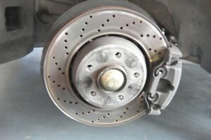 BMW-E46-M3-3-2-S54B32-FRONT-HUBS-COMPLETE-WITH-BRAKE-CALIPERS-AND-DISCS