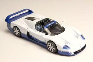 1-43-Scale-model-Maserati-MC12