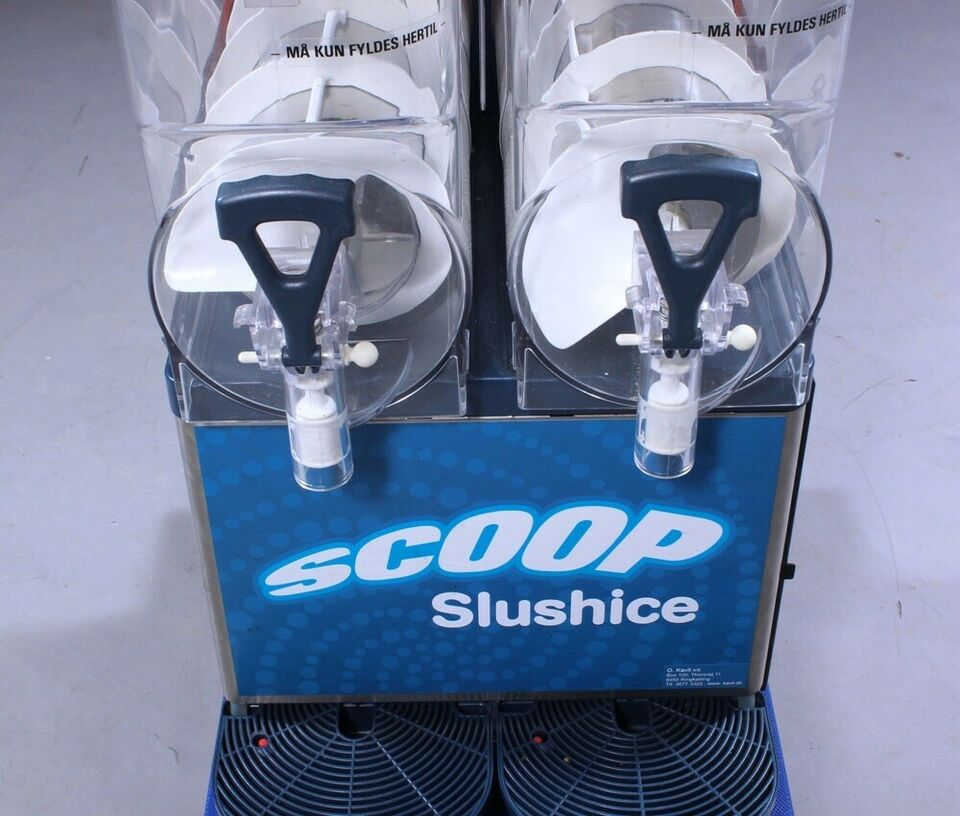 Slush ice maskine Der kan tilkøbes Saft/Slush i...