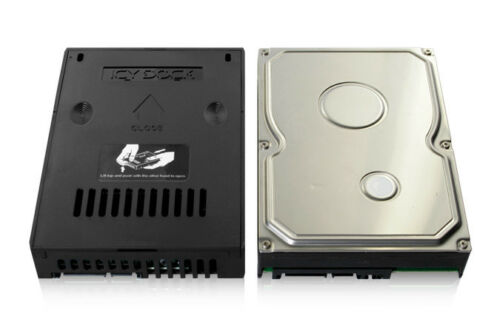 """New ICY Dock MB882SP-1S-2B 2.5/"""" to 3.5/"""" SSD SATA Hard Drive HDD Converter"""