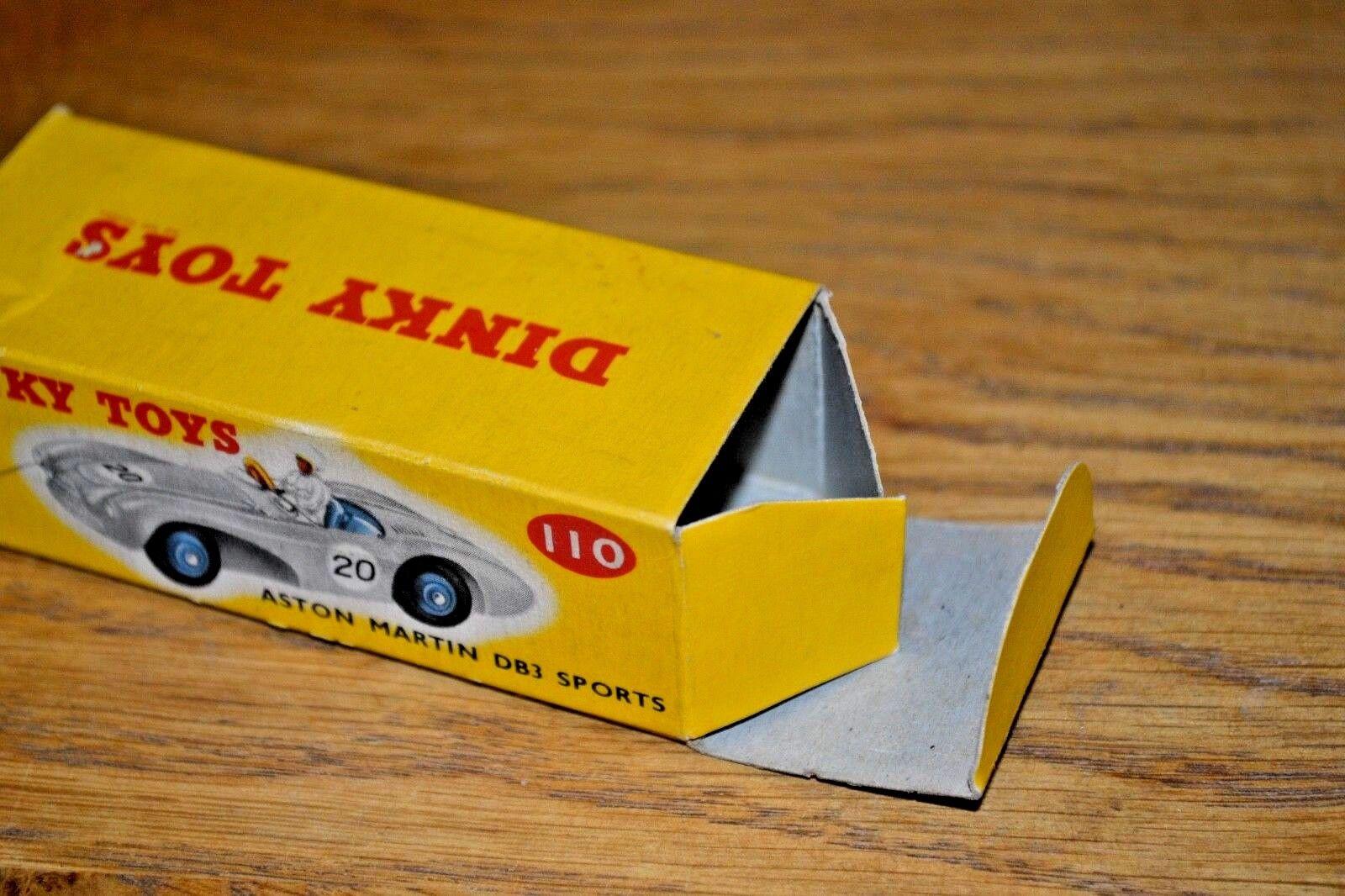 Dinky Toys Nº 110 Aston Martin DB3 DB3 DB3 coche deportivo; original Caja de color correcto f1f095