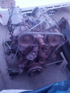 FIAT-130-Coupe-Motor-for-Recon-or-Parts