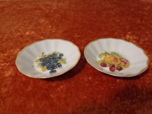 2-x-Porcelain-Decorative-Bowl-Bowl-Lessau-Czech-Republic-Obstdekor