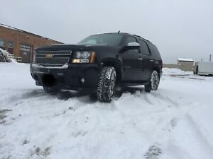 2007 Chevy Tahoe LTZ (Safetied/certified/winters/no accident)