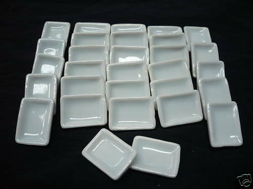 10 White Rectangle Dishes//Plates Dollhouse Miniature Ceramic Kitchenware