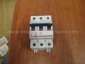 BTICINO-F83-20-C20-INTERRUTTORE-MAGNETOTERMICO-3-POLI-3P-20A-6000-NUOVO