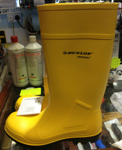 DUNLOP PUROFORT PROFFESSIONAL SAFETY  BOOTS WITH MIDSOLE YELLOW POLYURETHANE