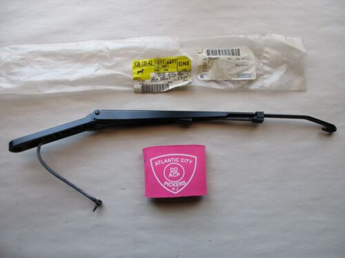 GM 15114471 WINDSHIELD WIPER ARM FACTORY OEM PART