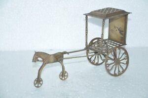 Antigua-Laton-Hecho-a-Mano-Jali-Cut-Caballo-Chariot-Modelo-Coleccionable