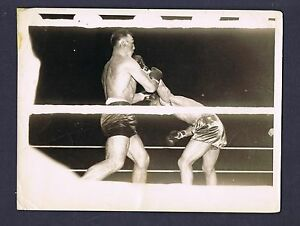 Details about SUPERB RARE 1935 Joe Louis vs Primo Carnera action boxing  wire photo NYC
