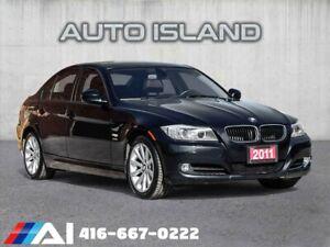 2011 BMW 3 Series 4dr Sdn 328i xDrive **NAVIGATION**LOW KMS!!