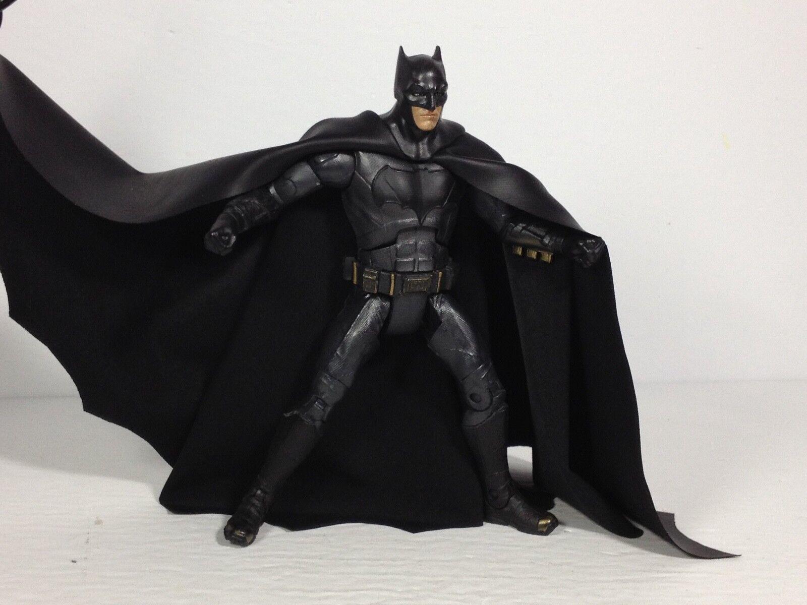 4 S.H.F Custom Capes for Batman Regular Suit