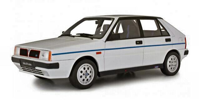 Lancia delta 1600 hf i.e. r86 Martini 3a serie 1 18 modellololo di gara laudo