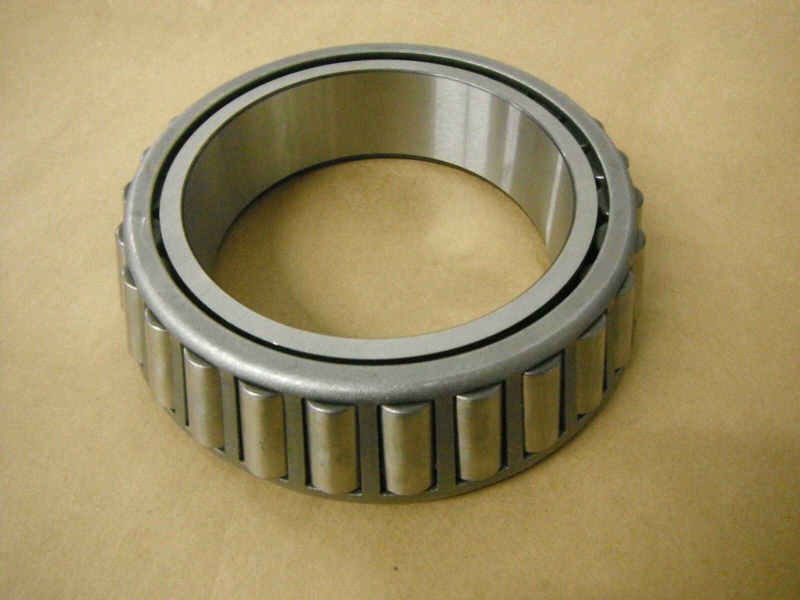 NEW FAG BEARING  32022-X NEW IN BOX  32022X