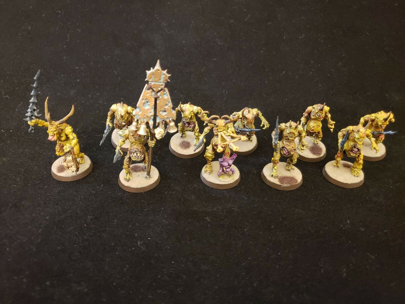Warhammer 40k Age of Sigmar Chaos Daemons Plaguebearers of Nurgle painted