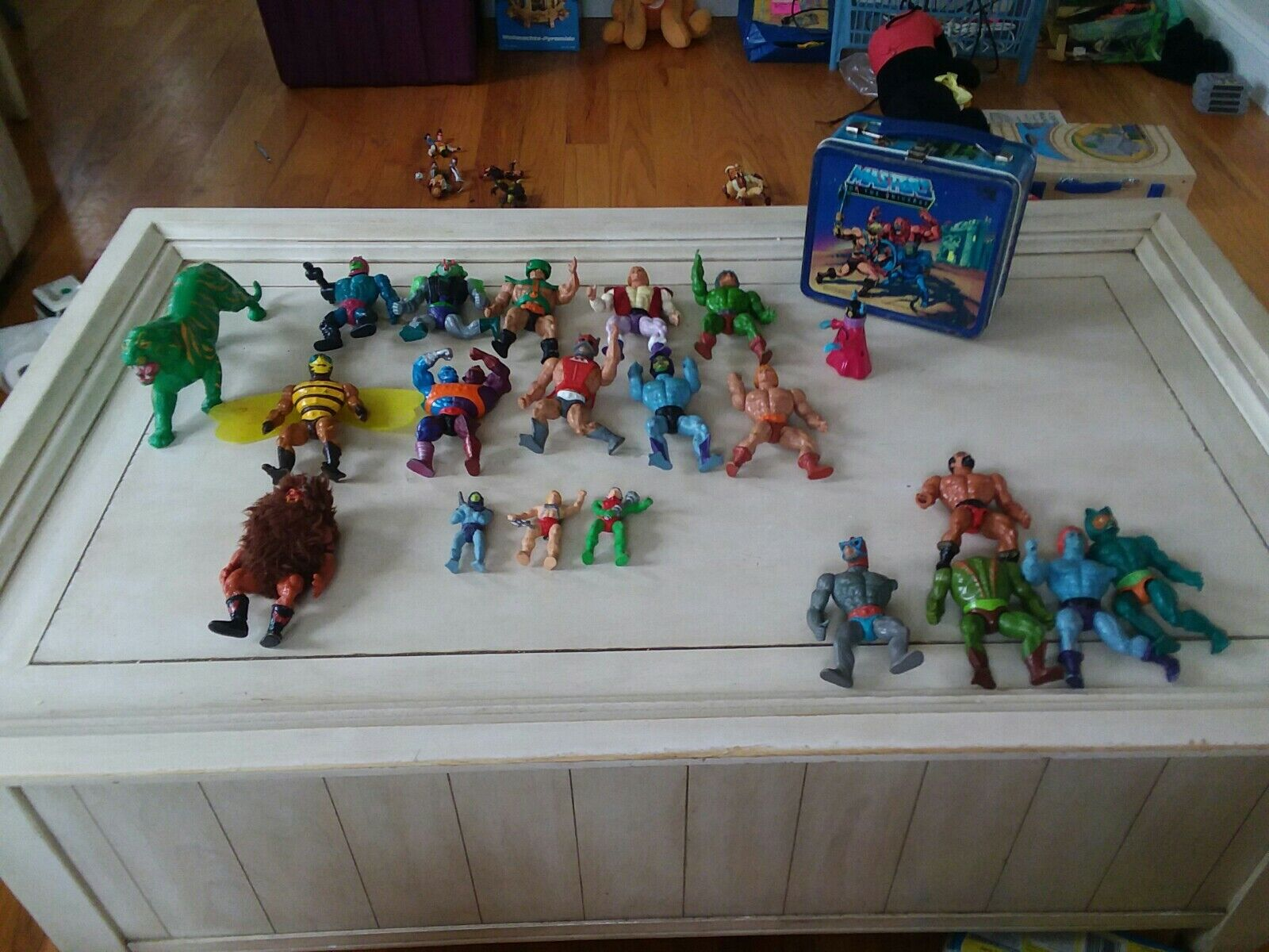 Vintage He-man action figures Lot de 21 figurines et gamelle voir description