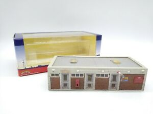 Bachmann-Branch-line-44-039-Office-Block-Weathered-amp-Lighting-OO-VGC-amp-Boxed
