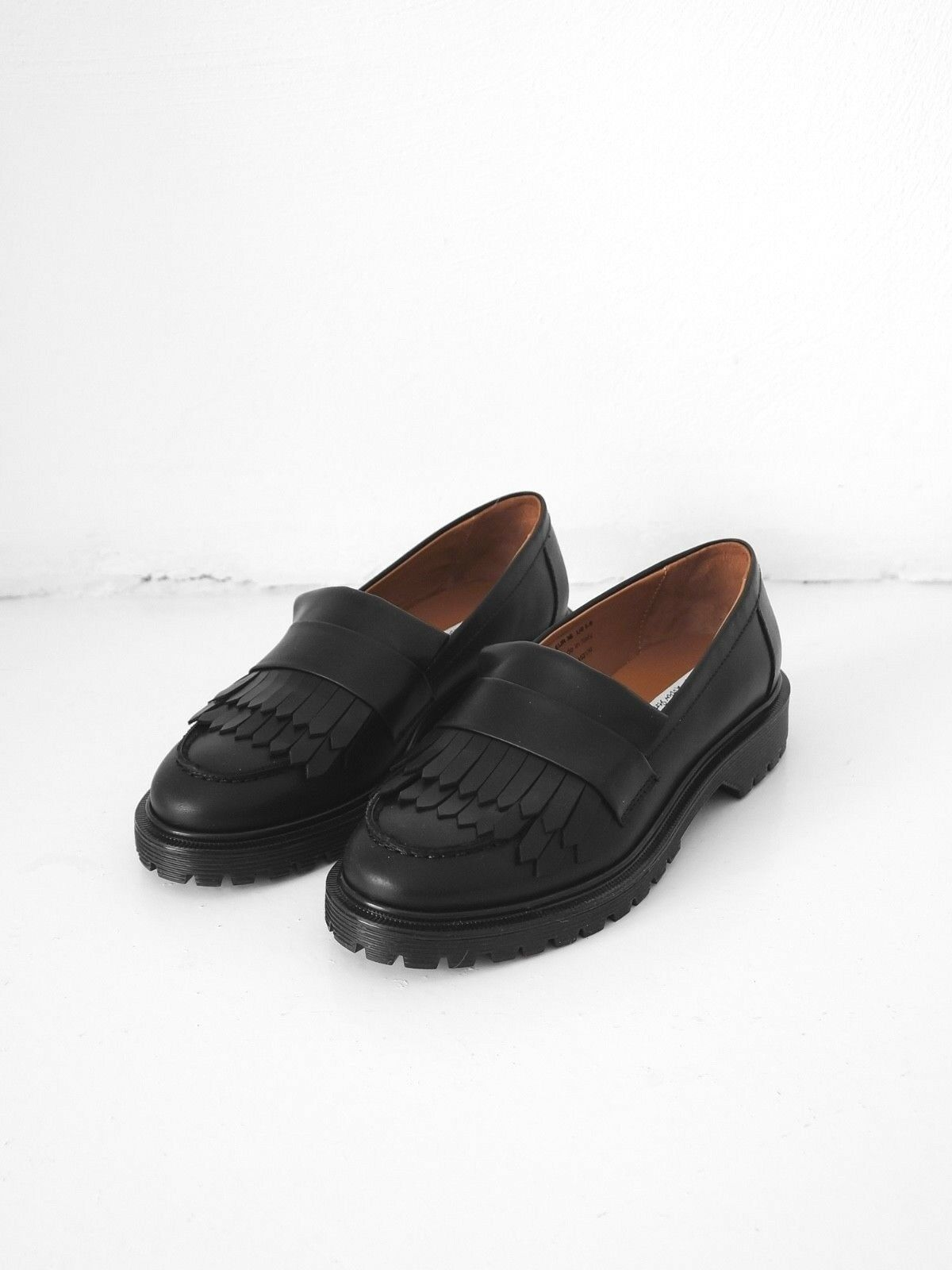 HOF115  & Other Stories Halbschuhe leder   Leather fringe loafer black 36 UK 3.5