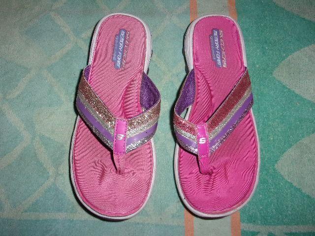 Skechers FOAM MEMORY FOAM Skechers Flip Flop SANDALS WOMEN'S SIZE 4 63845e