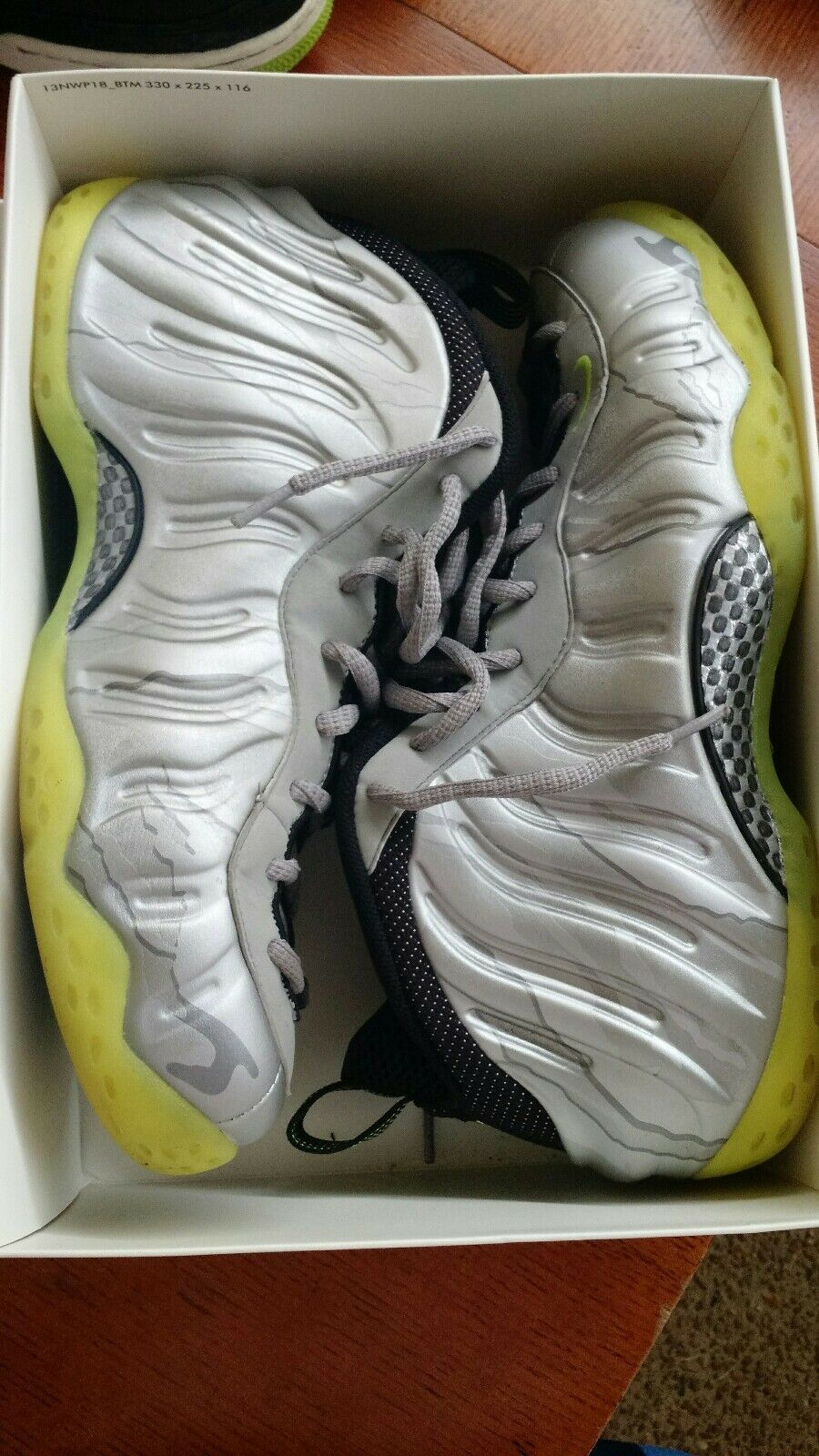 Nike Air Foamposite Size 12 Metallic Silver Volt Camo Foams