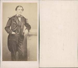 Jeune-homme-en-uniforme-circa-1870-CDV-vintage-albumen-carte-de-visite-Tir