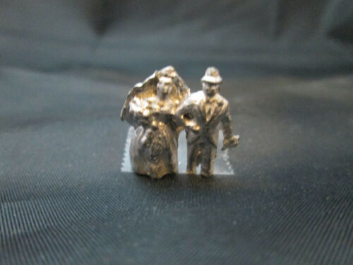 Dollhouse Miniature Unfinished Metal Bride /& Groom #3