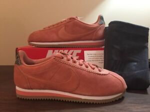 reputable site 105aa bd439 Image is loading Women-039-s-Nike-Classic-Cortez-ALC-Premium-