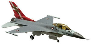 F-Toys-1-144-High-Spec-Vol-3-F-16AM-Royal-Danish-Air-Force-60th-Anniversary-2-5