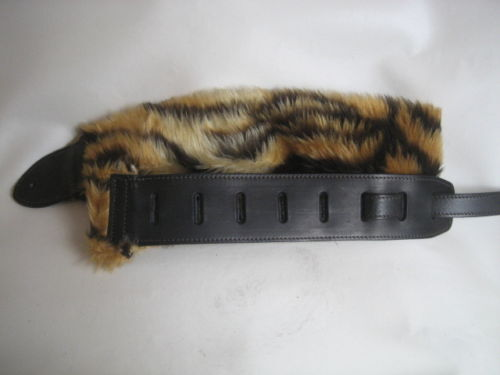 UNIQUE LEATHER TIGER FUR GUITAR BASS STRAP