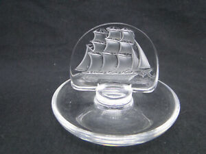 Lalique-Clipper-Sailing-Ship-Ring-Dish-Clear-amp-Frosted-Crystal